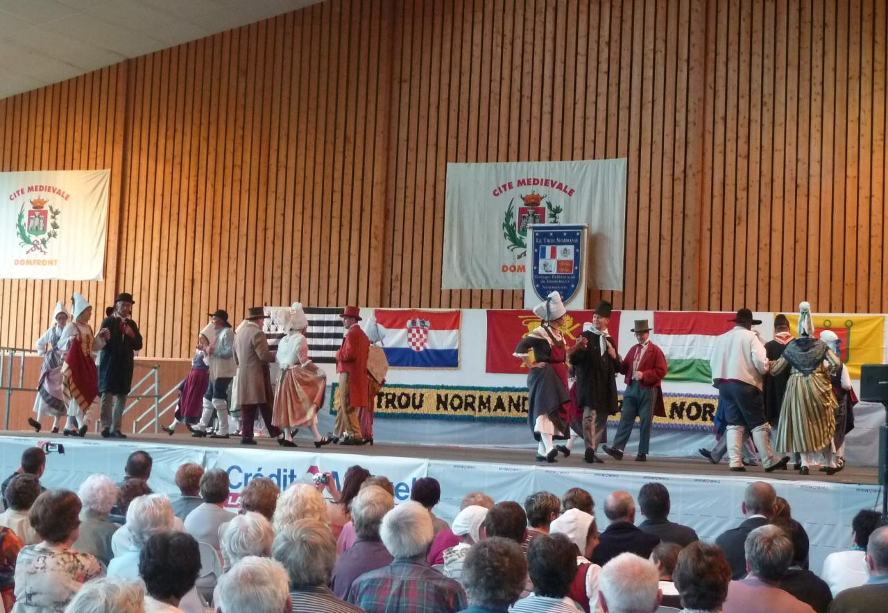 Festival à Domfront - Le Trou Normand5
